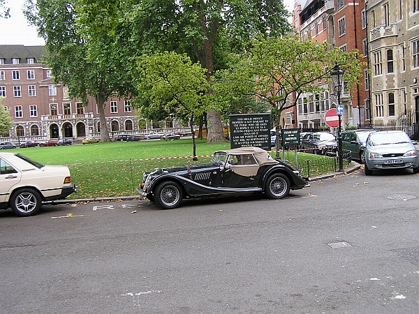 Cars Of London England 2005 Www